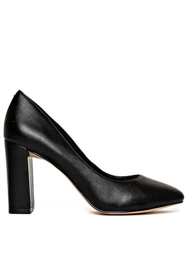 Nine West Kalın Topuklu Ayakkabı Siyah